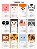 Kalender 2019 met varken, schapen, vos, zebra, panda, pinguïn, koe, wasbeer, uil, tijger, olifant, hond Stock Afbeeldingen