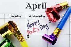 Kalender mit Aufschrift glücklichem Dummkopf-Tag Stockfotos