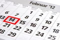 Kalender mit roter Markierung am 14. Februar Stockbild
