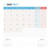 Kalender-Planer für die Mai 2017-Vektor-Design-Schablone stationär Stockbild