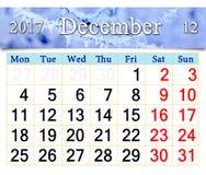 Kalender voor December 2017 met tak door rijp wordt behandeld die Stock Foto