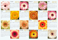 Kalendern för 2018 med foto av gerberaen blommar Arkivbild