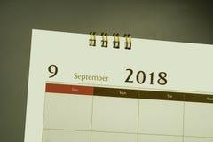Kalenderpagina van maand 2018 Stock Foto's