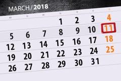 Kalendersidaår 2018 månad marsdatum 11 Arkivfoton