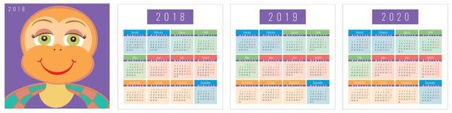 Kalenderuppsättning med sköldpadda 2018 2019 2020 Arkivfoton