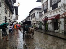 Kalesa-Fahrt in der ältesten Stadt stockbild