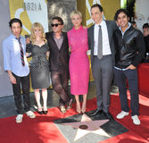 Kaley Cuoco & cast of The Big Bang Theory Stock Photo