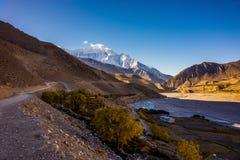 Kali Gangaki rzeczna dolinna pobliska wioska Kagbeni Zdjęcie Stock