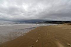 Kalifornia centrali wybrzeża plaży zła pogoda Pismo plaża, usa fotografia stock