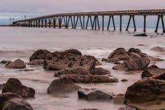 Kalifornia na morzu produkcja ropy naftowej Fotografia Royalty Free