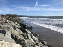 KALIFORNIA plaży surfingowowie - George Alcu zdjęcie royalty free