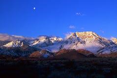 Kalifornien bergnevada s toppig bergskedja Royaltyfria Bilder