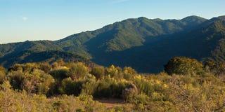 Kalifornien bergsolnedgång Fotografering för Bildbyråer
