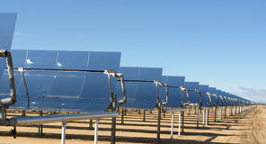 Kalifornien elkraft som frambringar det sol- systemet Royaltyfria Bilder