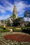 Kalifornien-Kontrollturm und Alcazar-Garten Stockfotografie