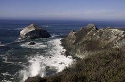 Kalifornien seglar utmed kusten Arkivfoto