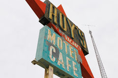 Kalifornien tecknet för motell för Roy ` s royaltyfria foton
