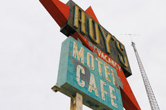 Kalifornien tecknet för motell för Roy ` s arkivbild