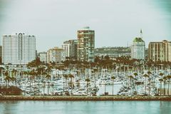 Kalifornii beach long Linia horyzontu przy zmierzchem Fotografia Royalty Free