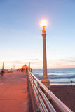 Kaliforniska nätter på pir på solnedgången Arkivbilder