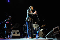 Kalil Wilson en Ignasi Terraza Trio (band) presteert in Auditori Stock Foto