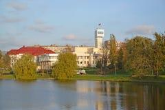 Kaliningrad, Rosja Widok budynek nadawcza firma Stan TV i Radia Transmitowanie Firma ` Kaliningrad ` marina Zdjęcie Stock