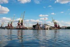 Kaliningrad Rosja, Wrzesie?, - 10, 2018: Kaliningrad handlu port, port morski na morzu ba?tyckim obraz stock