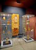 Kaliningrad, Rusland Het amberpaneel Leo Tolstoy ` in een expositie van het museum van Amber stock afbeelding