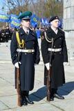 KALININGRAD, RUSSIA - 9 APRILE 2015: Una guardia di onore su celebr Fotografia Stock Libera da Diritti