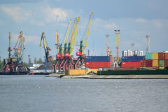 KALININGRAD, RUSSIA - MAY 03, 2015: The container terminal in tr Stock Photography