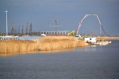 Kaliningrad, Russie Site d'un chantier d'un chantier de stade pour effectuer des jeux de la coupe du monde de la FIFA de 2018 Photographie stock libre de droits