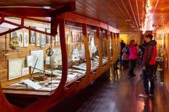 Kaliningrad Ryssland - April 13, 2019: Ställa ut av marin- museum för vetenskap royaltyfri foto