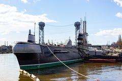 Kaliningrad Ryssland - April 1, 2019: Ubåt nära det marin- museet på den soliga vårdagen arkivbilder