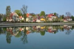 Kaliningrad Terraplenagem do lago grain (flutuador da lagoa) Imagens de Stock