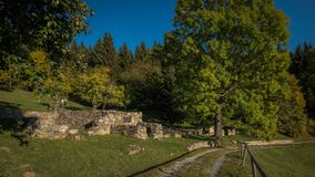 Kaliste, vroeger dorp in het district van Banskà ¡ Bystrica in de Slowaakse Republiek stock fotografie