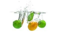 Kalk en Nectarine stock afbeeldingen