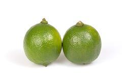 Kalk mit zwei Zitrusfrüchten stockfoto
