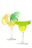 Kalken Sie Margarita mit einer Zitrone Martini im backgro Lizenzfreie Stockfotografie