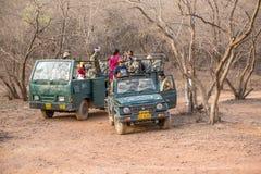 kalkon för safari för alanyajeepberg Arkivbilder