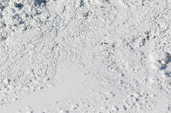 Kalksteen in natuurlijk licht verspreid water Stock Fotografie