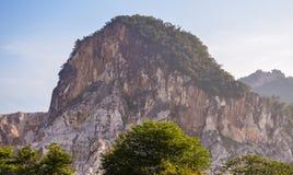 Kalksteenheuvel royalty-vrije stock afbeelding