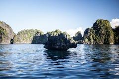 Kalkstein-Inseln 2 Stockbild