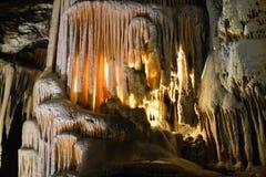 Kalksteinhöhle im postojna lizenzfreie stockfotos