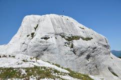 Kalksteinklippen in Retezat-Berg, Rumänien Stockfotografie