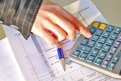 kalkulacyjny podatek dochodowy Zdjęcia Royalty Free