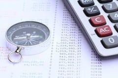 Kalkulator i kompas na banka oświadczeniu Zdjęcia Royalty Free