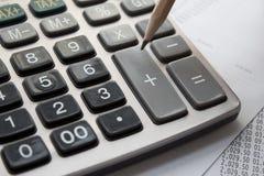 Kalkulator i ołówek zdjęcia royalty free