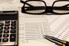 Kalkulator na oszczędzania koncie fotografia royalty free