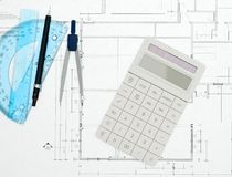 Kalkulator na projekta odgórnym widoku Obrazy Royalty Free