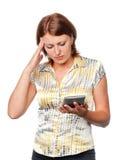 kalkulator niespokojna dziewczyna Zdjęcie Royalty Free